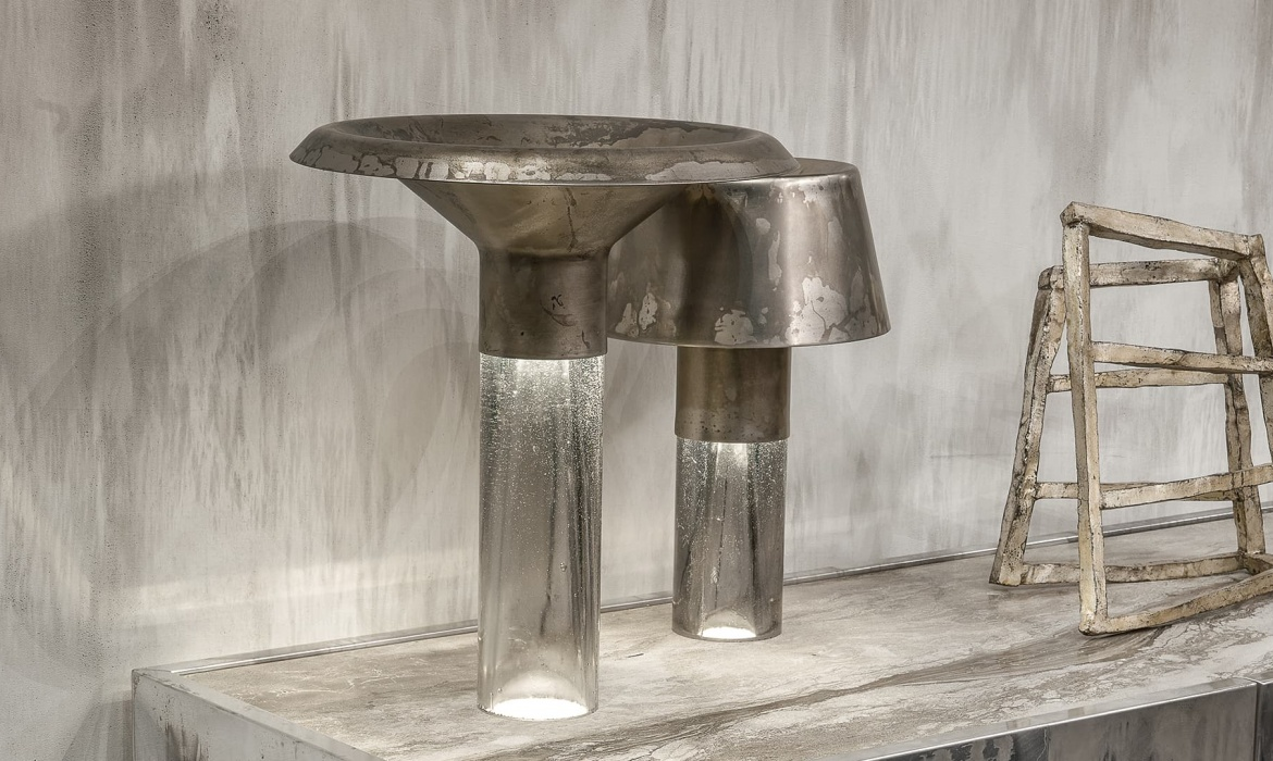 Ghost Lamp Table